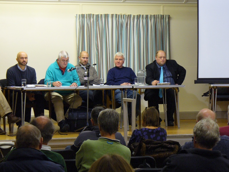 Neighbourhood Plan Public Meeting 29-11-12 (1) The top table