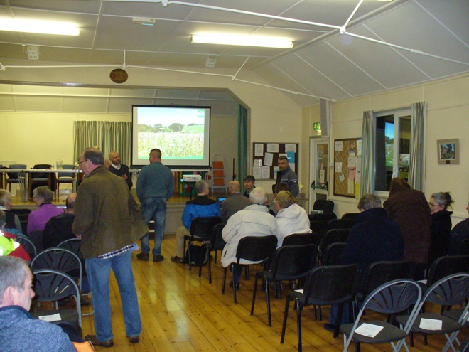 Public Meeting 21-3-13 residents arriving